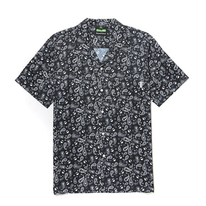 [B.C X S.S]PAISLEY PRINT OPEN COLLAR 1/2 SHIRTS BLACK