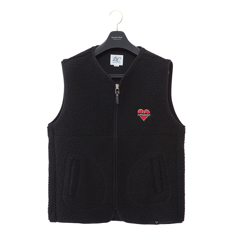 NOMANTIC WAPPEN LOGO ECO-FUR VEST ZIP-UP BLACK